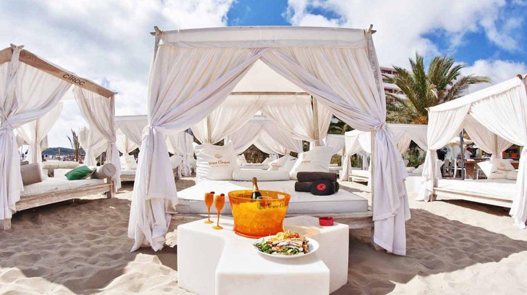 Confort y lujo a pie de mar forma parte esencial de los nuevos 'beach clubs'