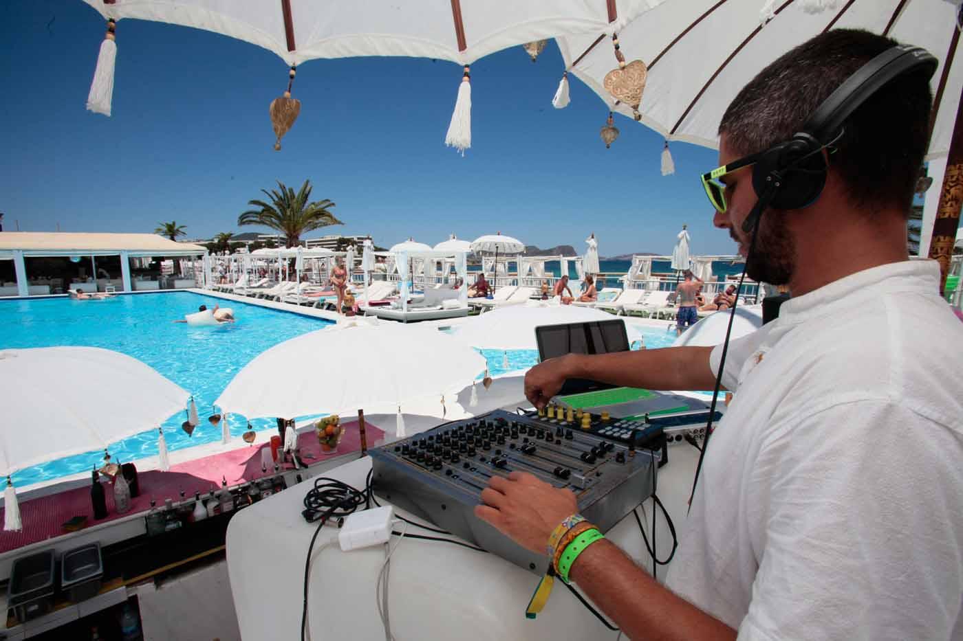 Beach Club Jacaranda Lounge | Keith Duffy será la 'celebrity'