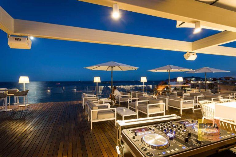 Música en vivo en la azotea del hotel One Ibiza Suites