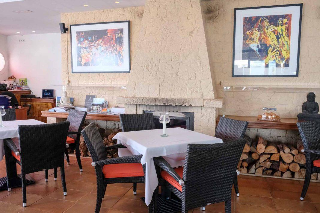 CAFÉ SIDNEY IBIZA, un café con vistas