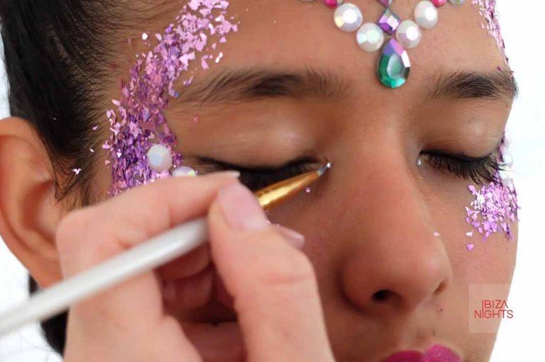 Las joyas y el glitter son la nueva tendencia en Ibiza