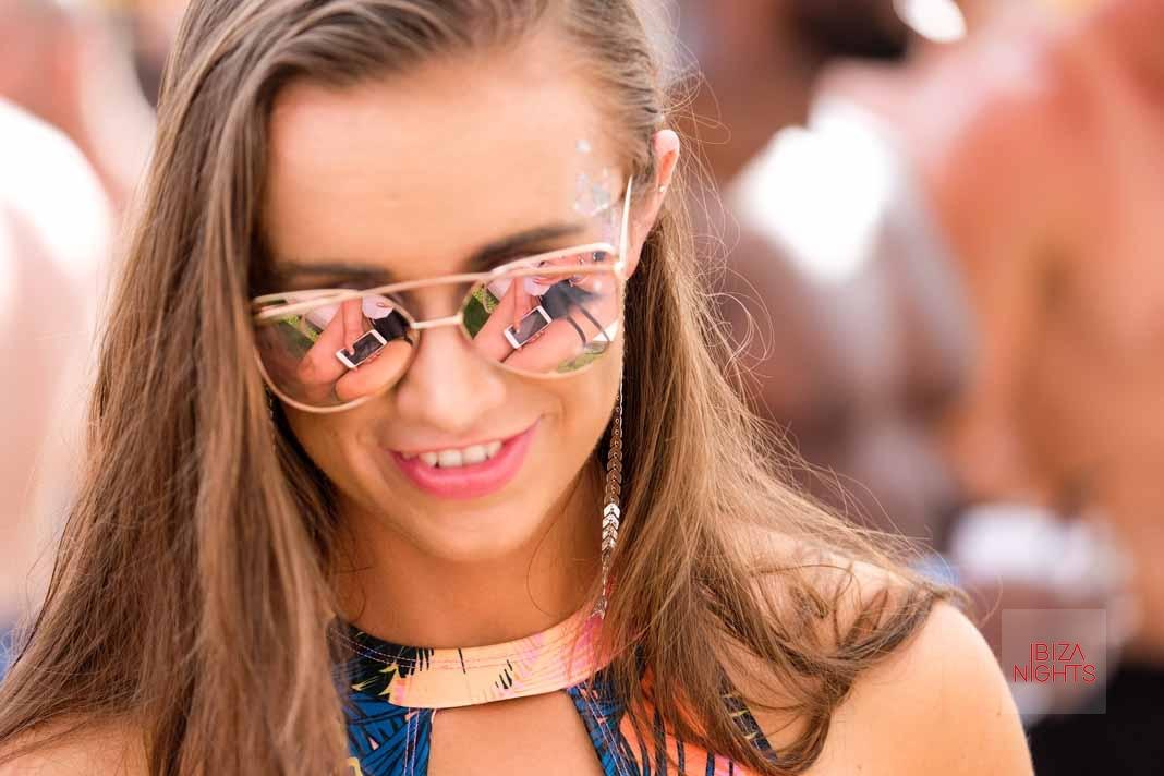 Tendencias y 'beach clubs'. Baño de moda en Ibiza