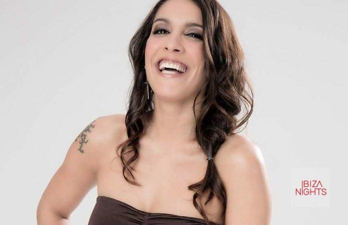 Lorena Castell trae el divertido bingo para señoras a El Fabuloso.