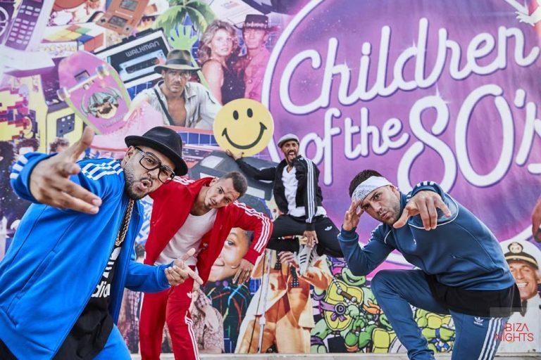 Manos arriba al ritmo de 'Walking on sunshine' en Children of 80's